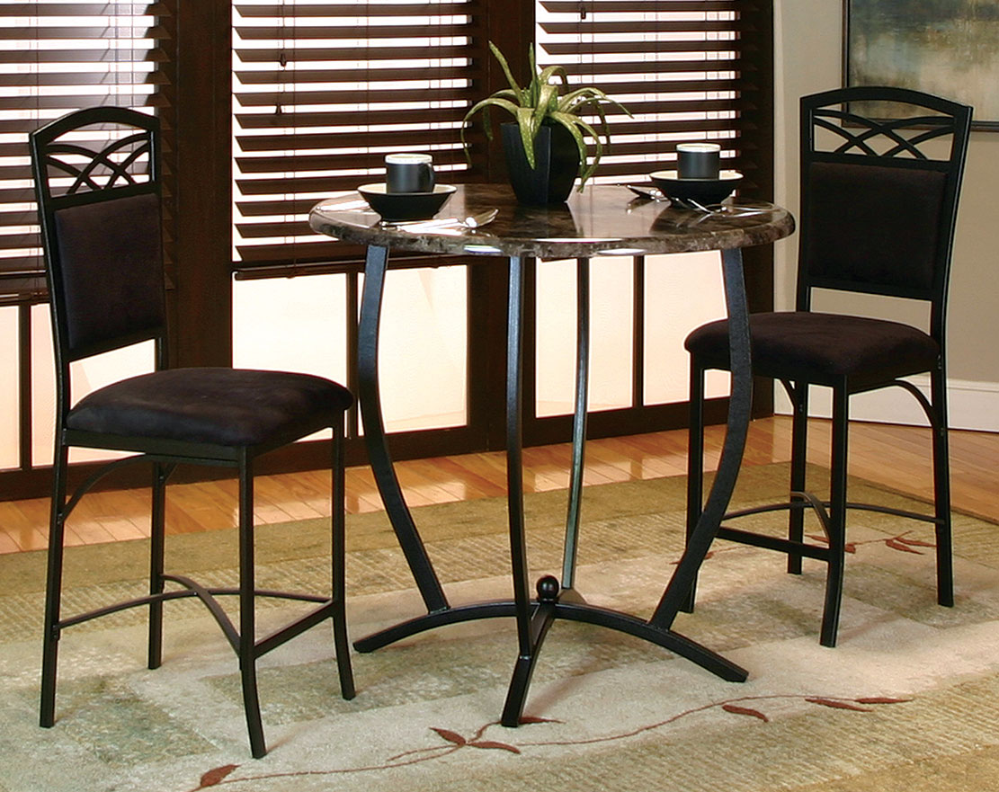 reasons to eat at a round dining room table. Black Bedroom Furniture Sets. Home Design Ideas