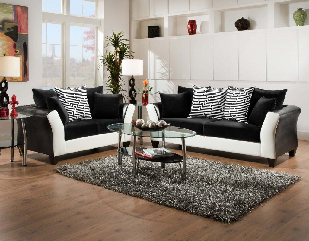Add Sophistication To Any Room With Black And White Design