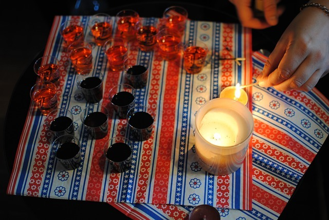 DIY: Red, White, Blue (and keep the bugs away!) 4th of July Candles!