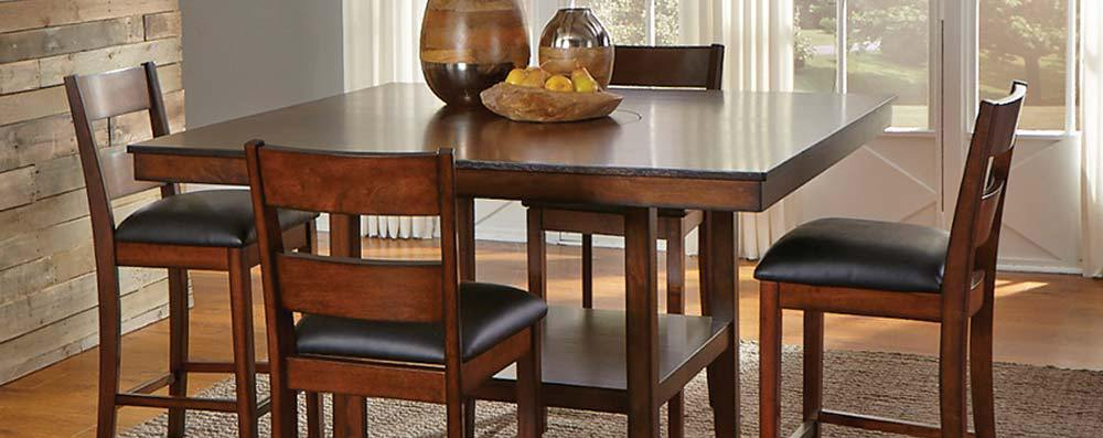 Featured Friday: Delaney 5 Piece Dining Set