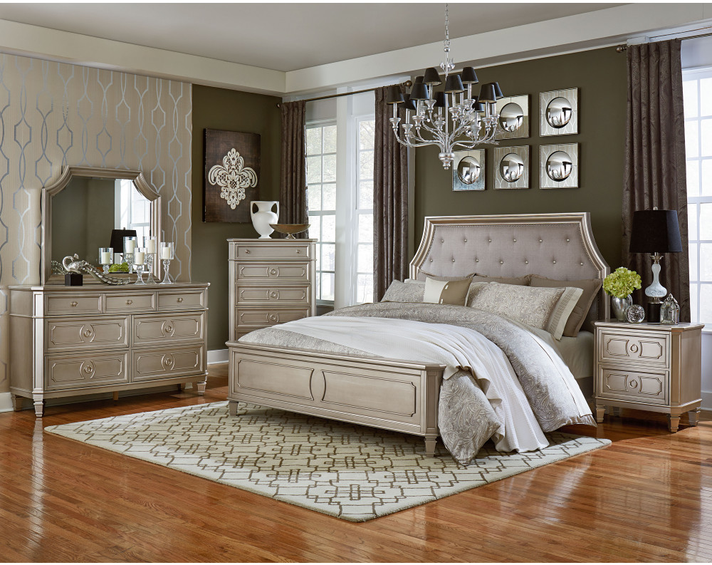 Windsor Silver Bedroom Collection