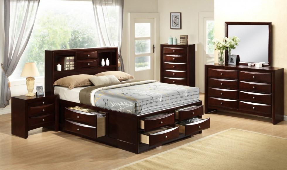 Emily Brown 3 PC Queen Bedroom Set