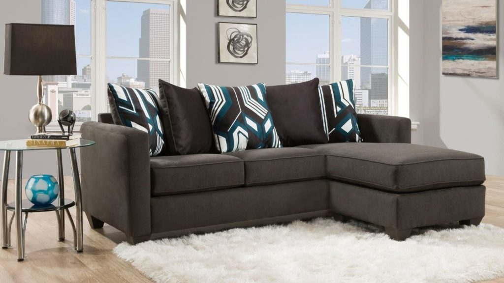 Maximize Your Space With a Chaise Sofa