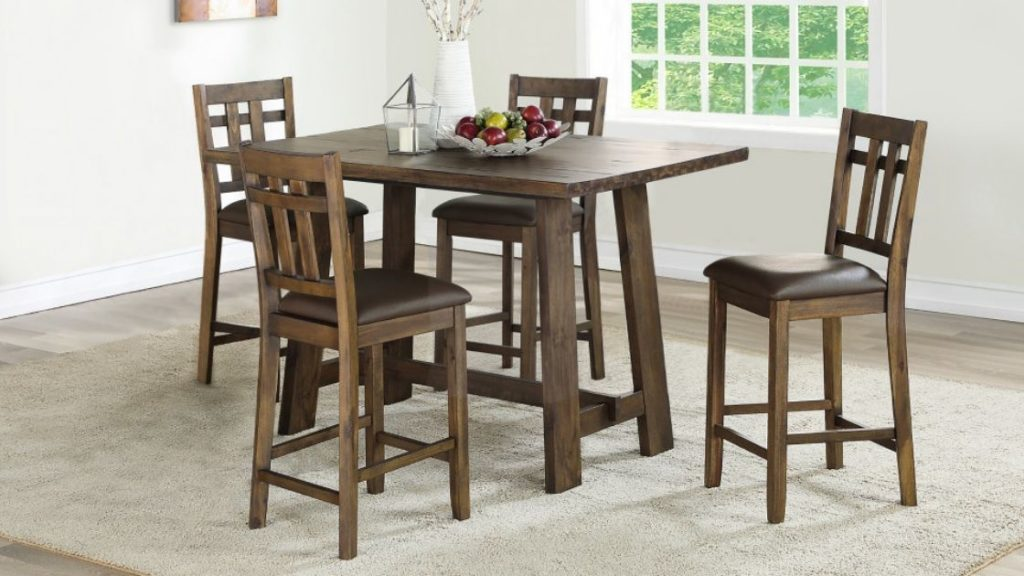 Keep Things Simple With the Saranac Dining Collection